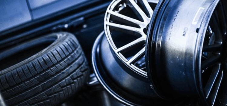 Change a Tire On a Rim