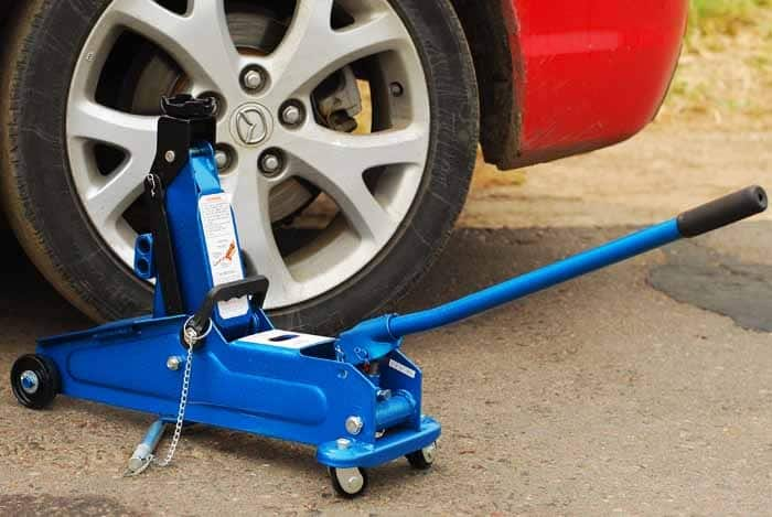 How To Fix A Floor Jack That Won't Lift
