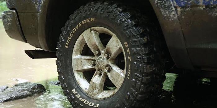 Best 33x12 50x15 Tires