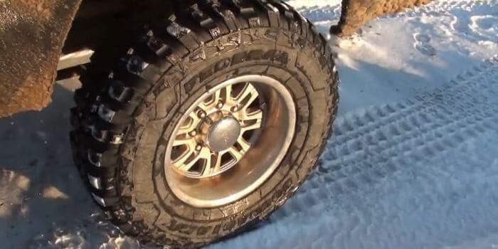 35 vs 37 Tires