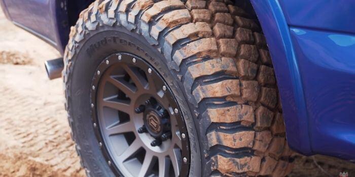 BFG KM3 Tire