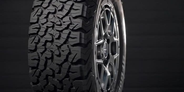 Hankook Dynapro Atm RF10 or BFG All-Terrain Tire