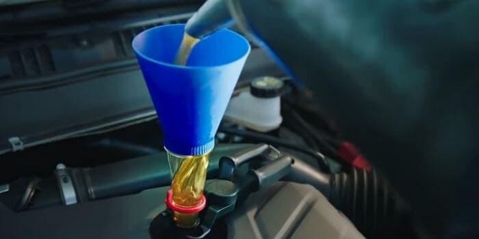 0W20 vs. 0W30 Motor Oil