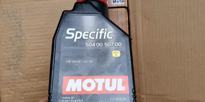 0W30 vs. 5W30 Motor Oil