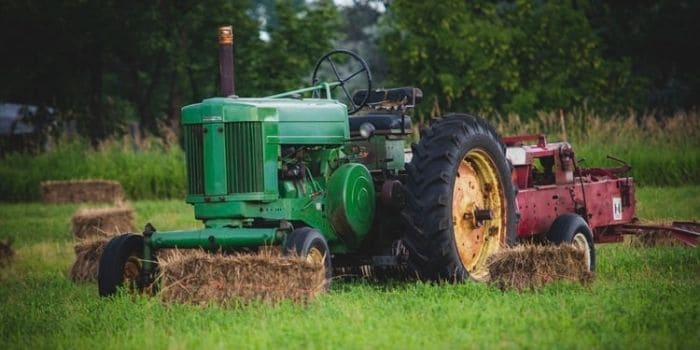 Are lawn tractor tires light or heavy
