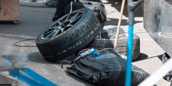 Sticking to the original tire, essential