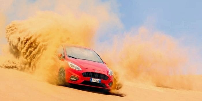 Things You Should Not Do While Driving on Sand